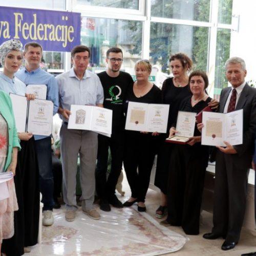 Uručena priznanja Arhiva FBiH za arhivistiku i pamćenje bosanskohercegovačke prošlosti