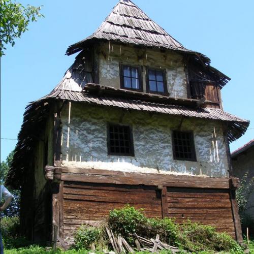 Čamdžića kuća u Puračiću – jedna od rijetkih sačuvanih brvnara sa čardakom