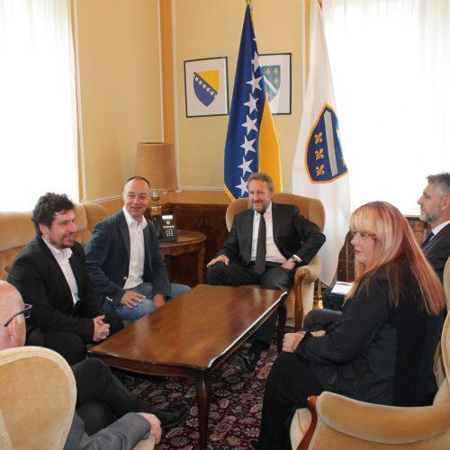 Predsjedavajući Predsjedništva Bosne i Hercegovine primio delegaciju Šahovskog kluba Bosna