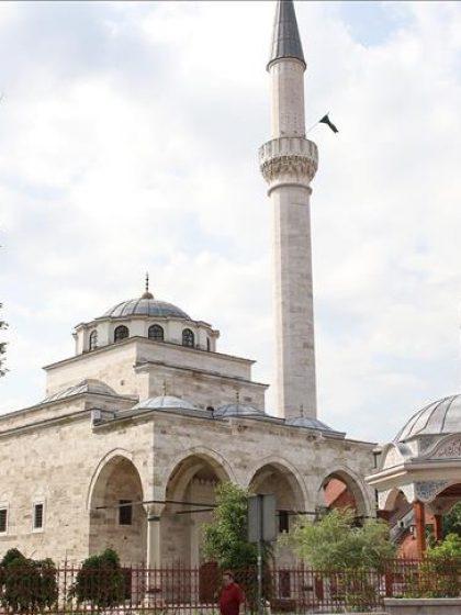 'Ezan se čuje sa džamija ponovo izgrađenih nakon etničkog čišćenja i genocida'