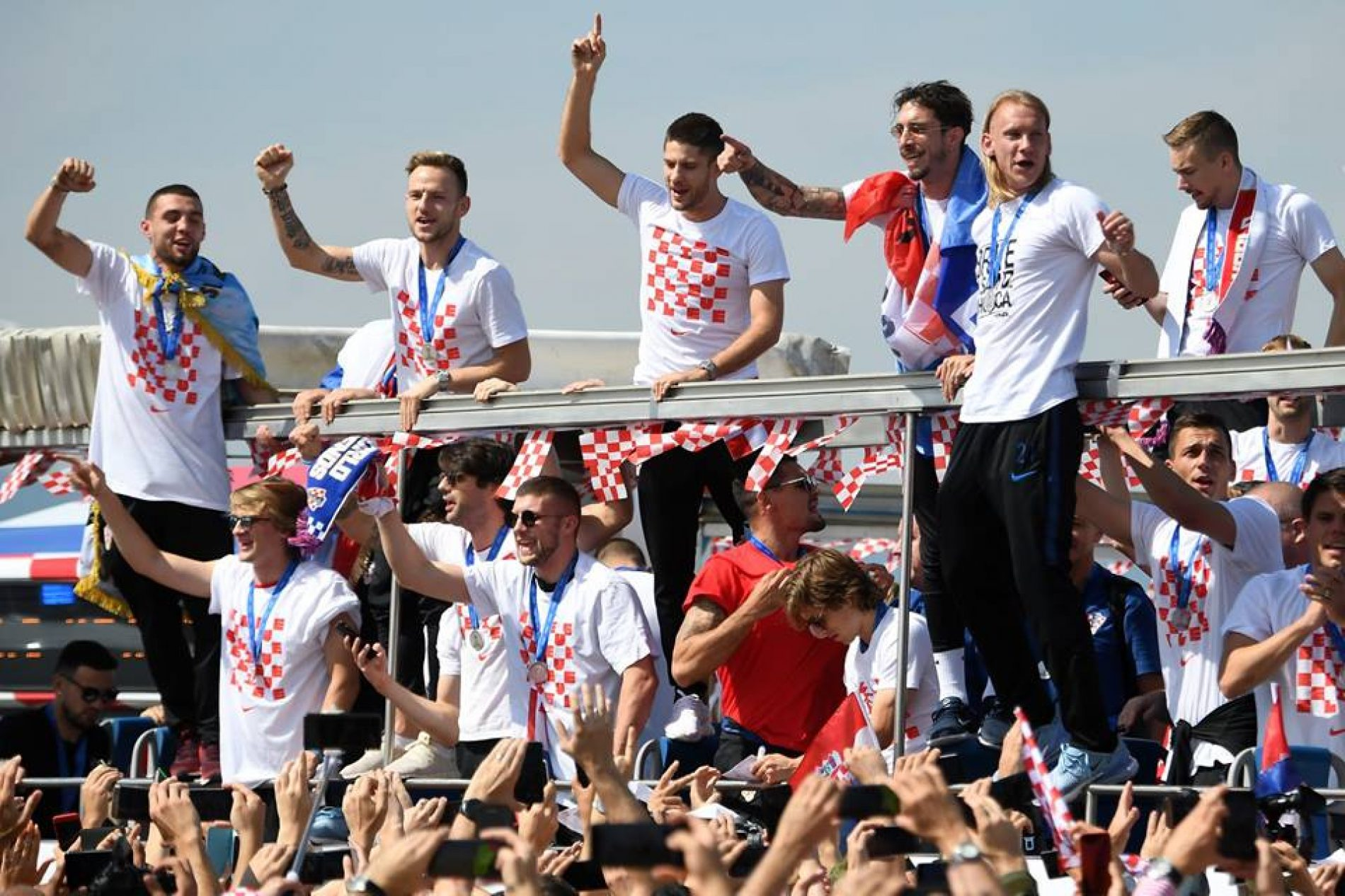 Zašto volim Bosnu a navijam za susjede?