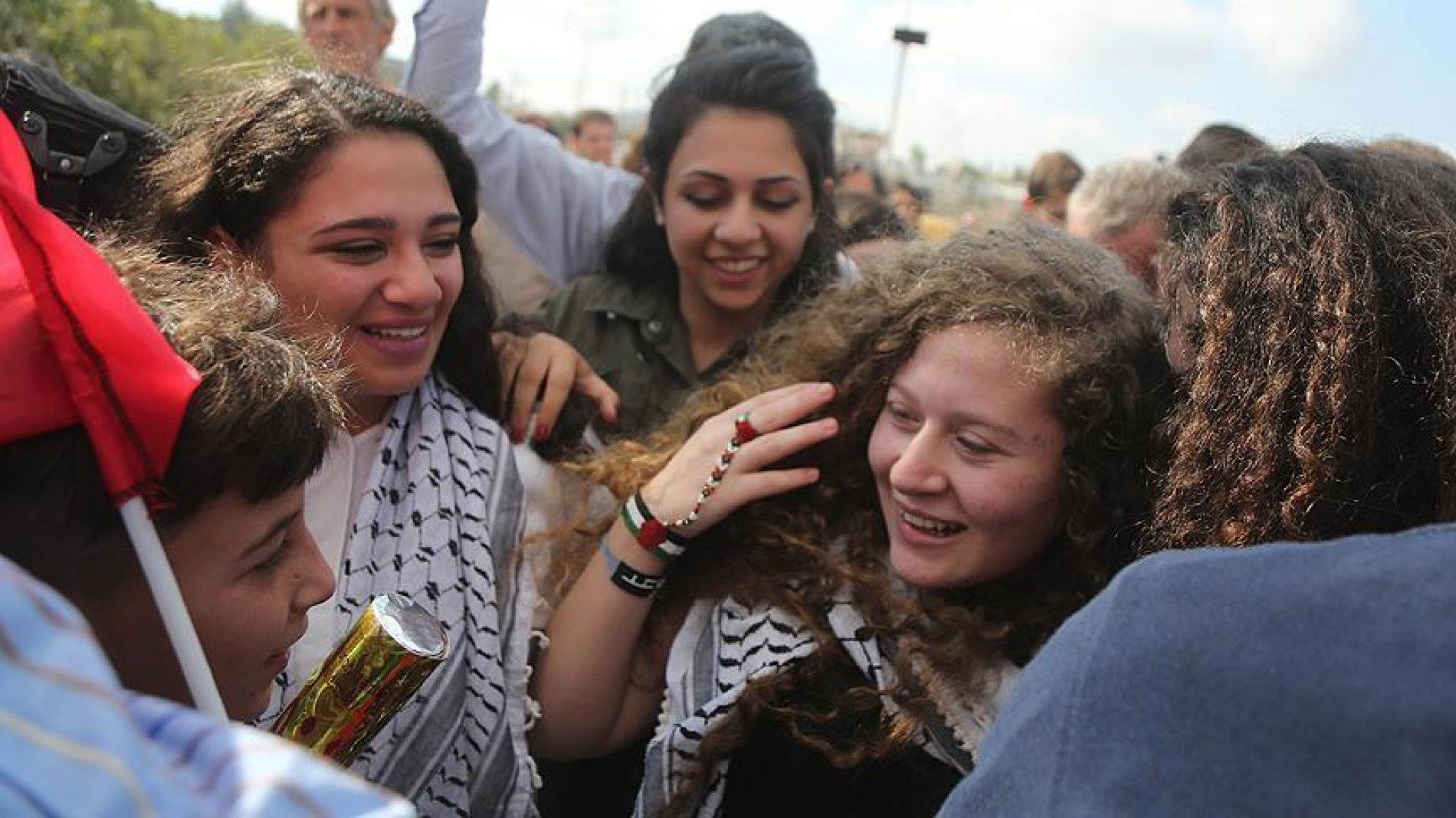 Ahed Tamimi – simbol palestinskog otpora okupaciji, puštena iz izraelskog zatvora