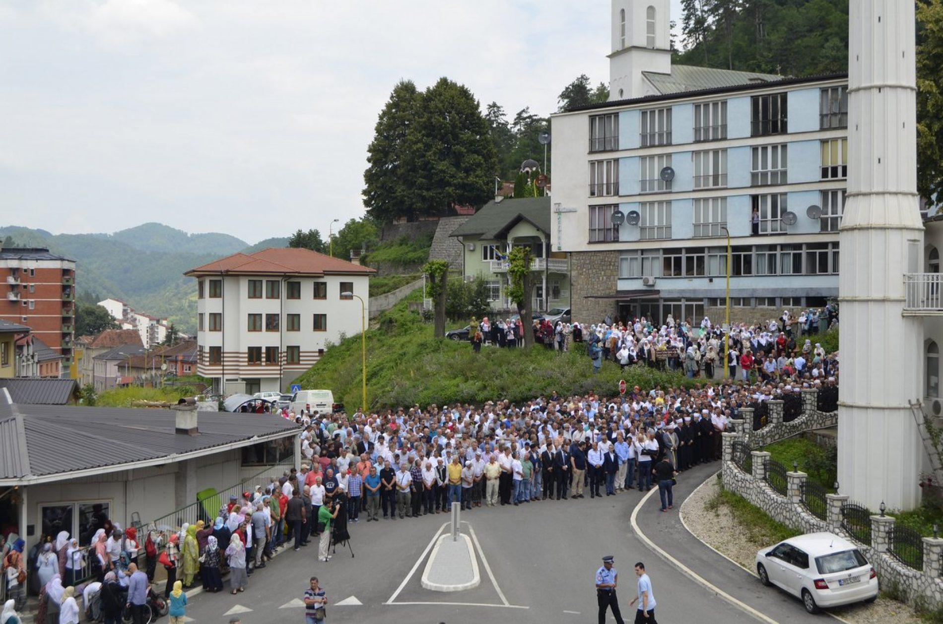 Srebrenica: Klanjana dženaza Hatidži Mehmedović