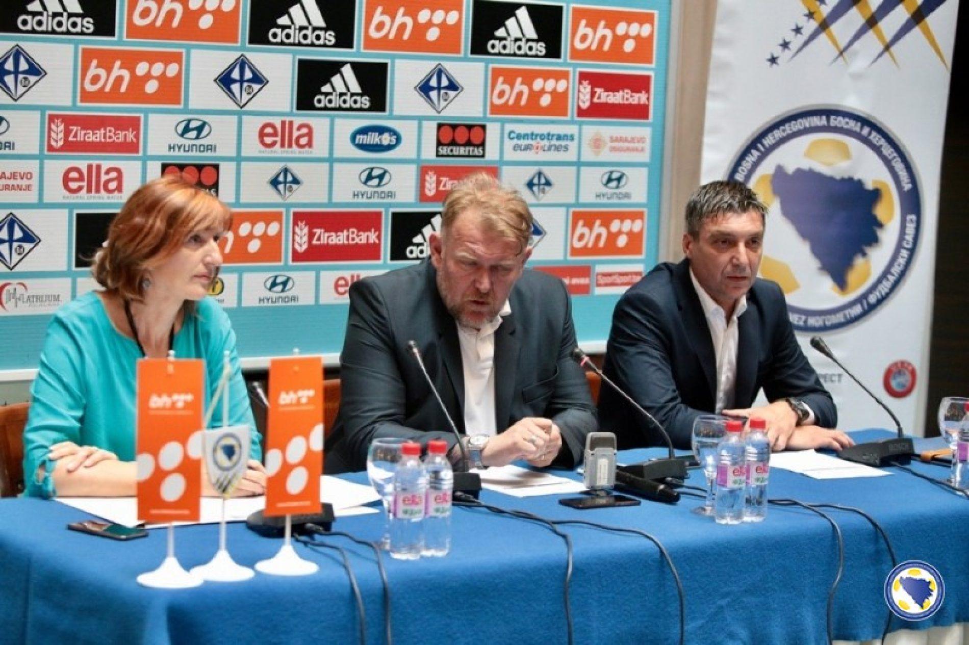 Prosinečki i Marinović objavili spiskove igrača