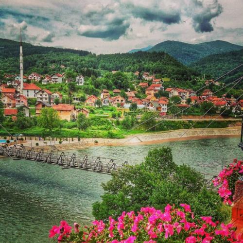 Turhan Emin-begova džamija u Ustikolini – najstarija džamija u Bosni i Hercegovini