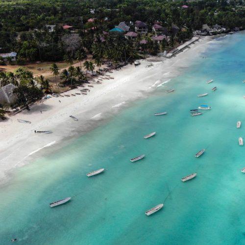 Zanzibar, otok začina sa bijelim pijeskom i tirkizno plavim okeanom
