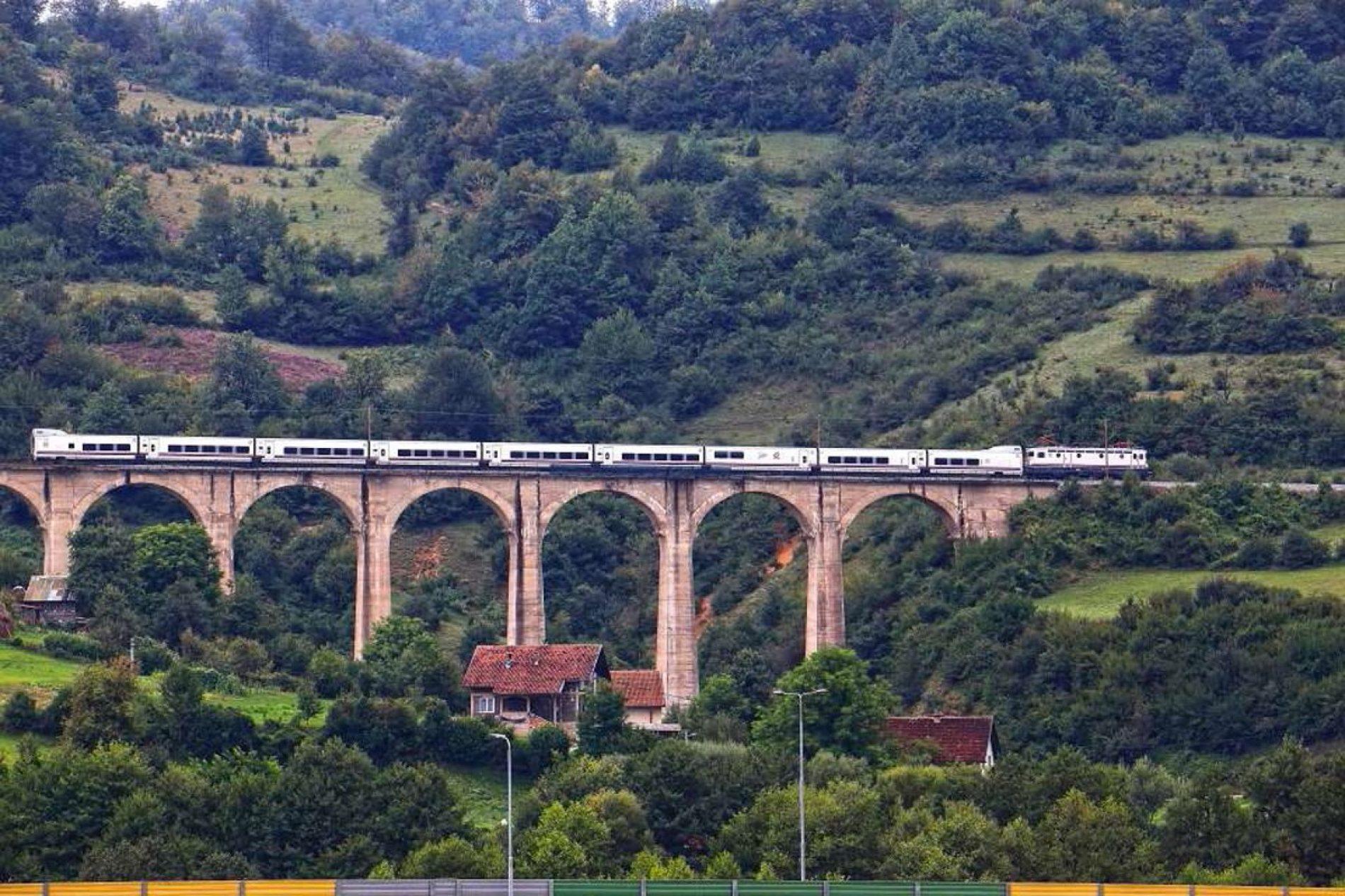Željeznice FBiH- Prijevoz putnika povećan 34,18 posto, a prihod 66,73 posto