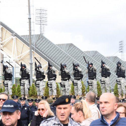 Sarajevo: Održan skup podrške policiji KS. Uhapšen osumnjičeni za ubistva policajaca