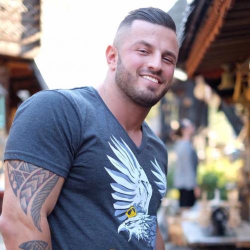 Erko Jun: Gdje god daputujem, samo Bosnu spominjem. Ponosan sam na svoju državu