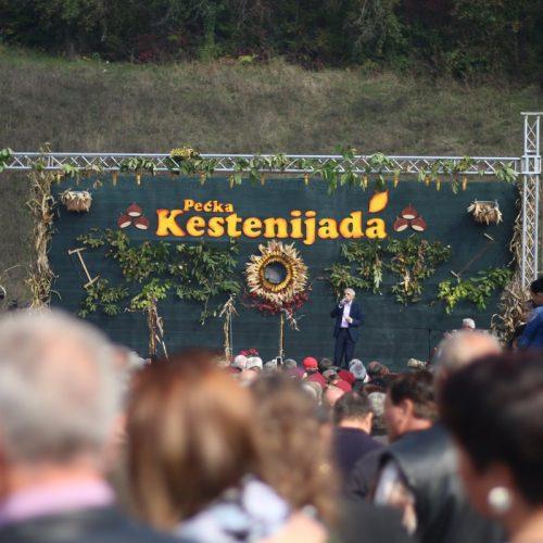 Kestenijada u Cazinu: Vratiti se narodnoj baštini ovog kraja