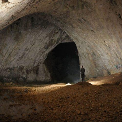 Jedinstvenost Dabarske pećine u Sanskom Mostu svakodnevno privlači posjetioce