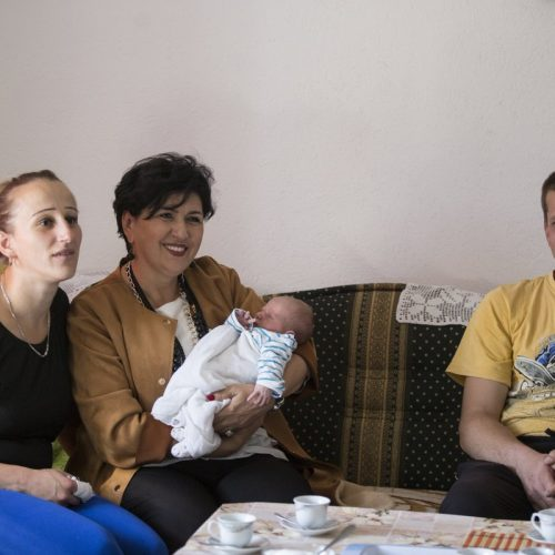 Novi život u Ketenovićima kod Knežine: Rođeno prvo povratničko dijete u sokolačkoj regiji