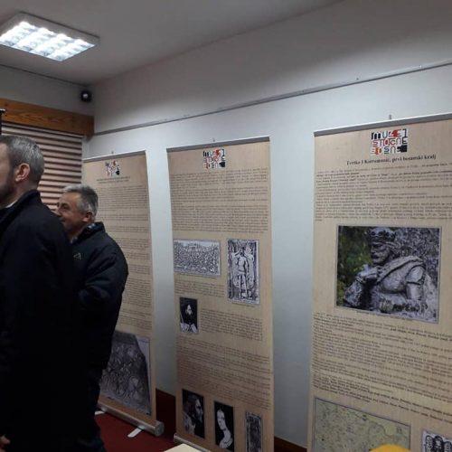 Izložba Muzeja istočne Bosne u Tešnju: ˝Od Kulina Bana do ZAVNOBiH-a˝