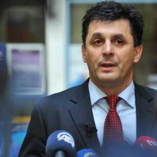 Na hrvatsku diplomatsku agresiju odgovoriti bojkotom proizvoda iz RH i pokretanjem principa reciprociteta na svim mogućim razinama