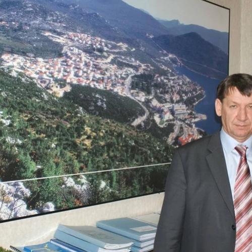 HDZ-ovac vodi općinu u BiH, porodilište u RH i radi u dva doma zdravlja