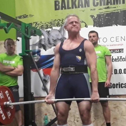 Sejfo Šehović osvojio dvije zlatne medalje i oborio svjetski rekord na takmičenju u Sloveniji