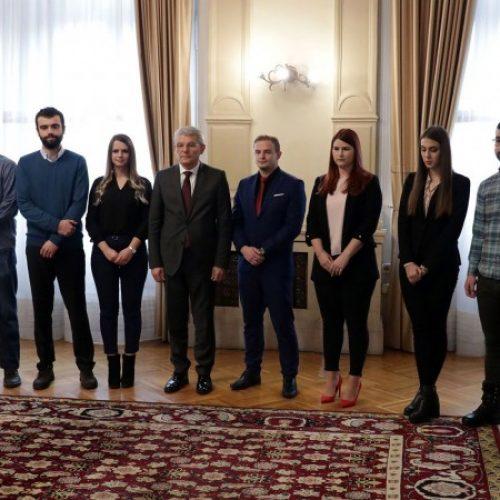 Džaferović primio najbolje bosanskohercegovačke studente (Video)
