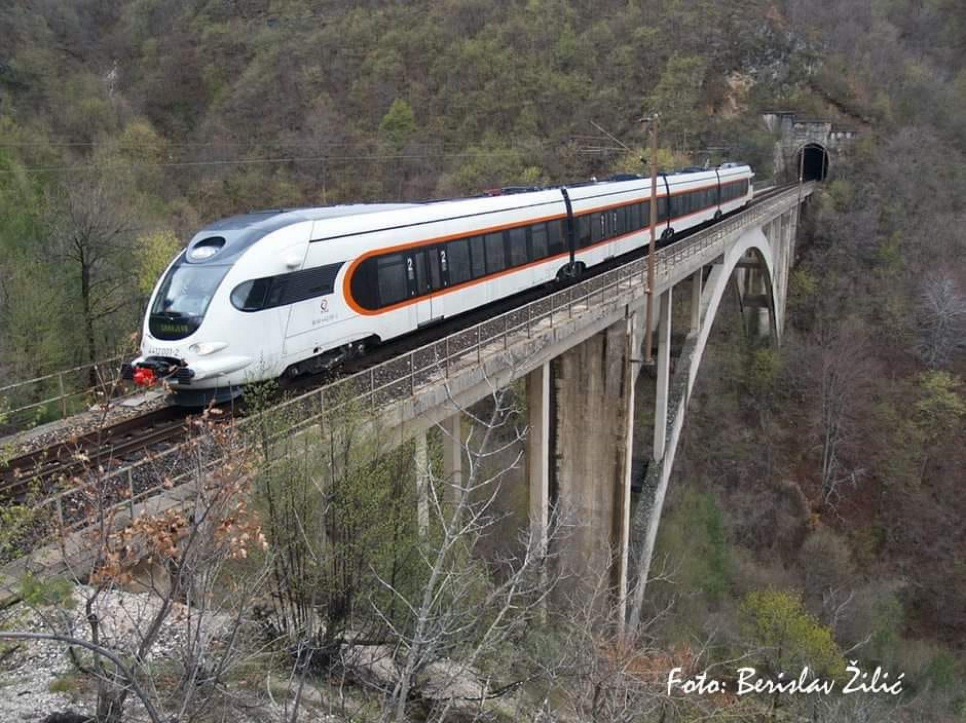 Povećanje broja prevezenih putnika željeznicom u našoj zemlji