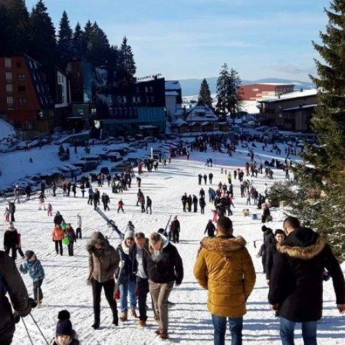 Vlašić među omiljenim destinacijama za novogodišnje praznike: Više od 10.000 posjetilaca