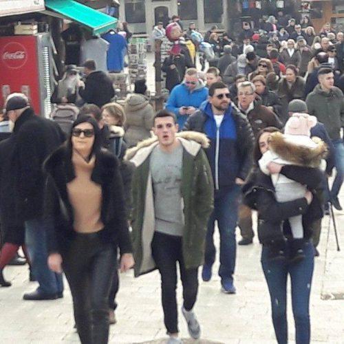 SARAJEVO: Rijeke ljudi u našem glavnom gradu (FOTO)
