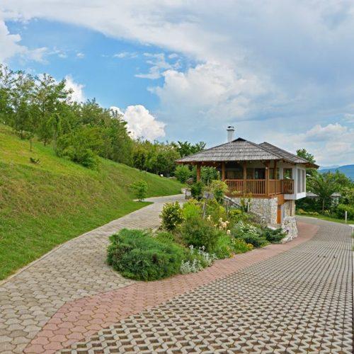 Mojmilo: Eko-kuća i prelijepa zelena oaza nadomak Sarajeva