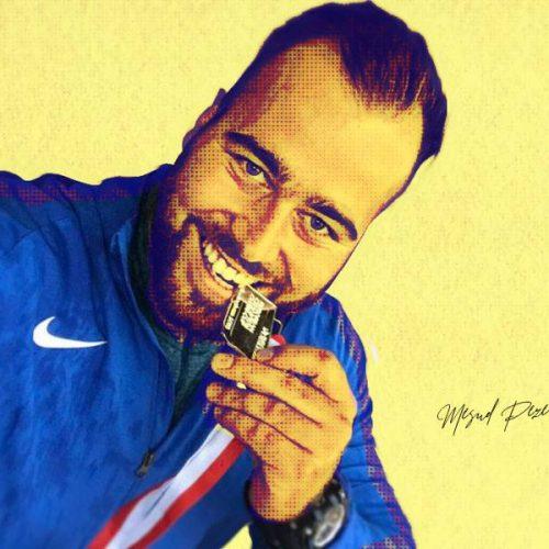 Pezer oborio rekord mitinga u Beogradu