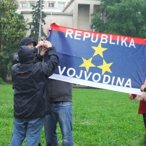 Glas razuma iz Vojvodine: Poziv vlastima da pošalju jasnu i nedvosmislenu poruku o odnosu prema ratnim zločinima i zločincima