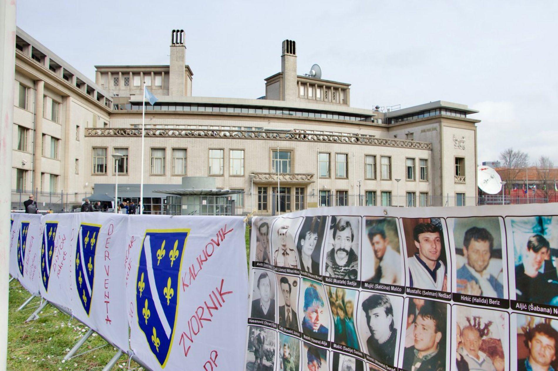 Lideru bosanskih Srba doživotna robija; potvrđen genocid u Srebrenici
