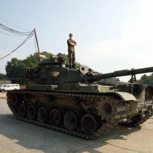 Konjičanka Dajana Dangubić, prva žena komandir tenka m-84 u OSBiH