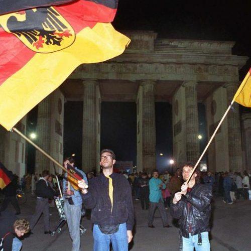 Istočni i zapadni Nijemci, diskriminacija stranih radnika i nepotizam u njemačkoj politici