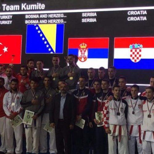 Karatisti Bosne i Hercegovine prvaci Balkana!