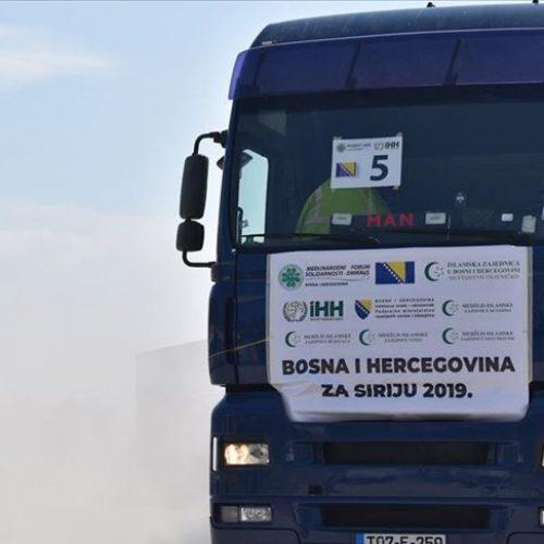 Upućen humanitarni konvoj sa oko 600 tona pomoći za Siriju