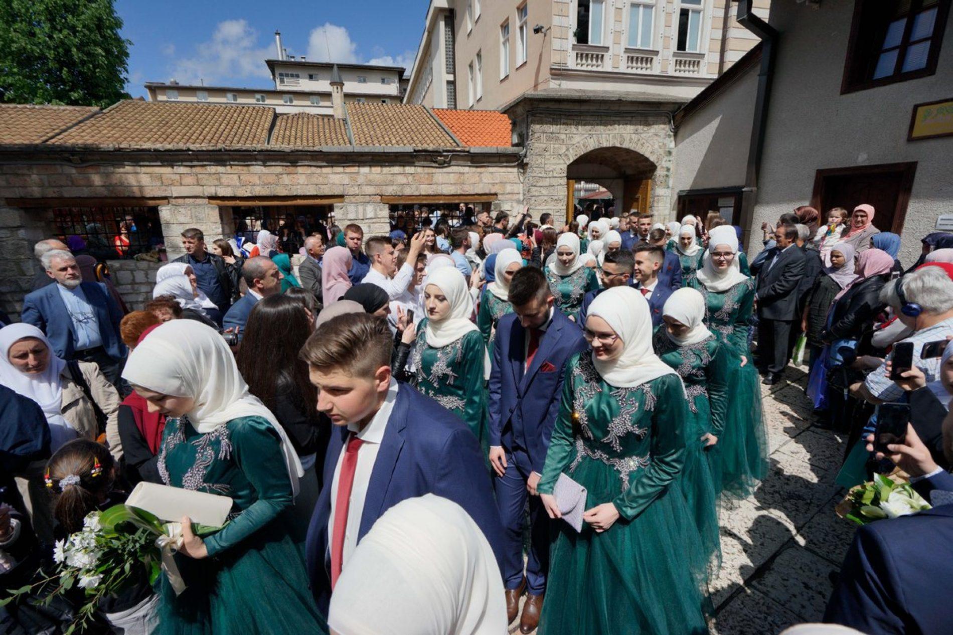 Gazi Husrev-begova medresa ispratila 469. generaciju maturanata