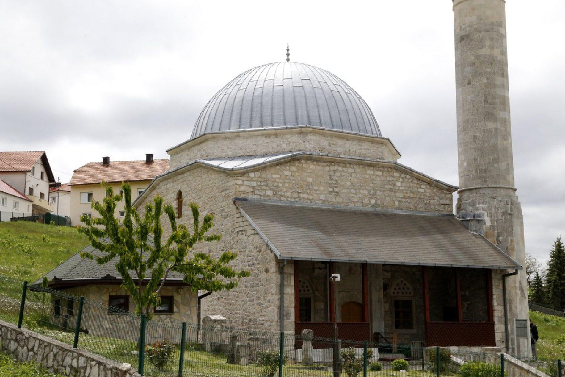 Livno – grad potkupolnih džamija