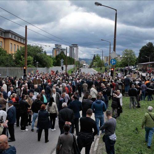 Završeni protesti: Pa Milane, što obmanjujete narod! Jednog dana moraju podnijeti ostavke i otići