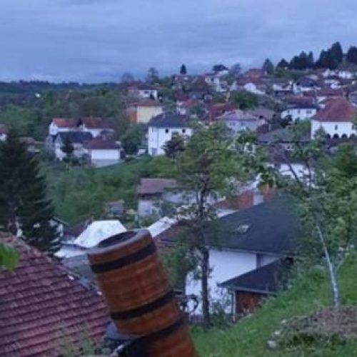 Mještani Prusca iftare dočekuju uz pucanj iz ramazanskog topa