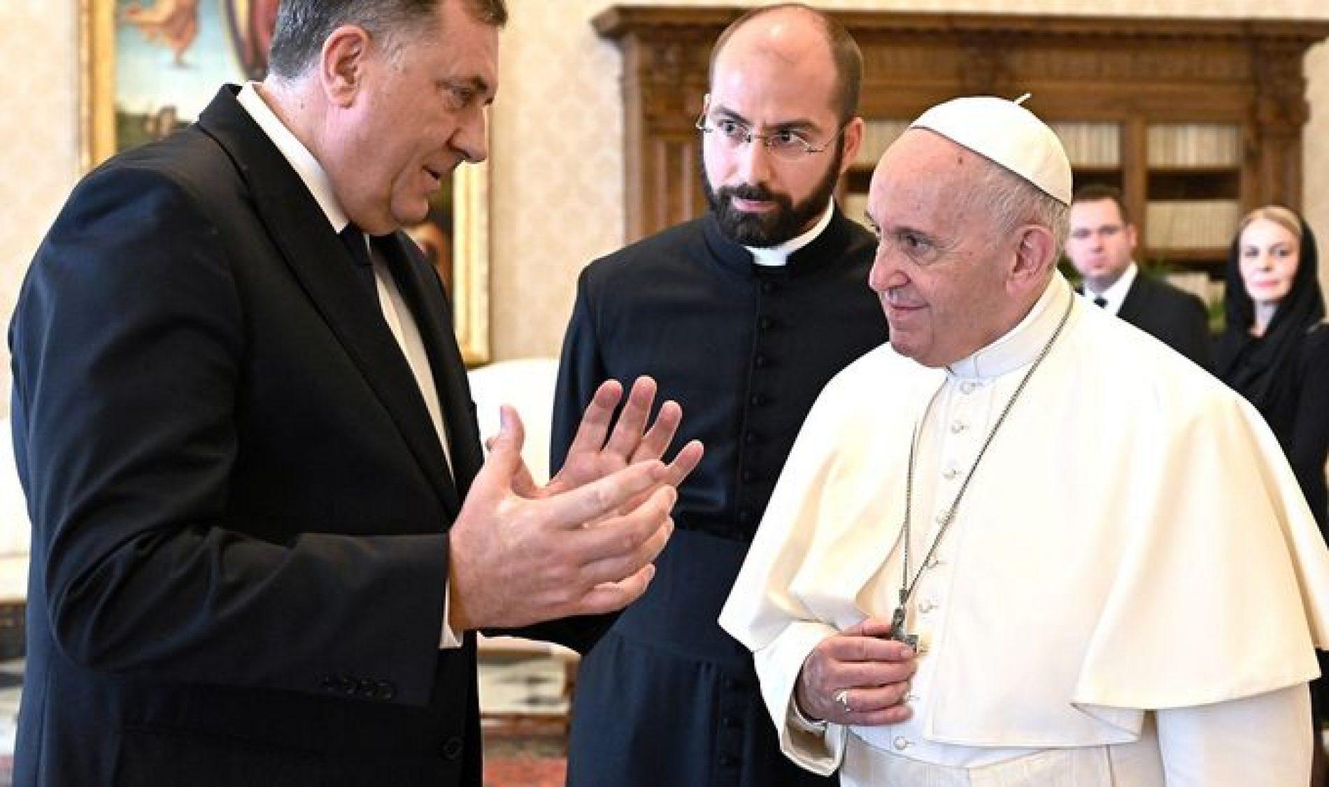 Papin sastanak sa Dodikom je diplomatska katastrofa Vatikana