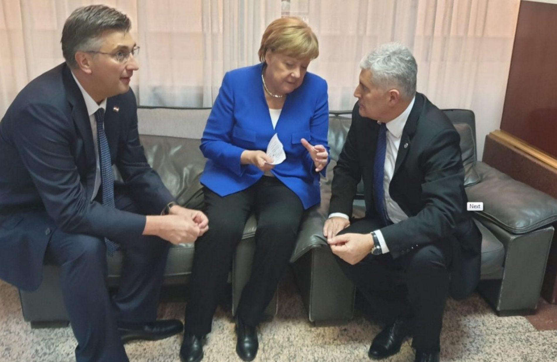 Kritike na račun Merkel zbog podrške HDZ-u