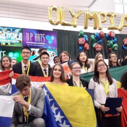Iman Hodžić iz Cazina osvojila zlatnu medalju na Genius olimpijadi u New Yorku