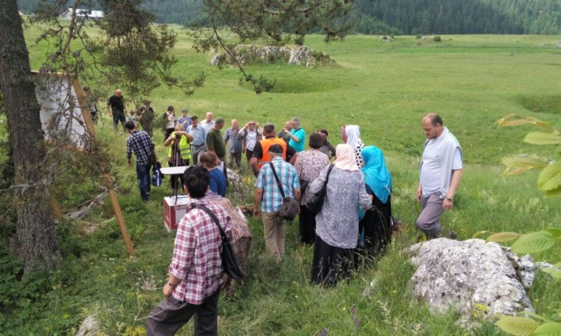 Obilježena 27. godišnjica stradanja Bošnjaka Rogatice