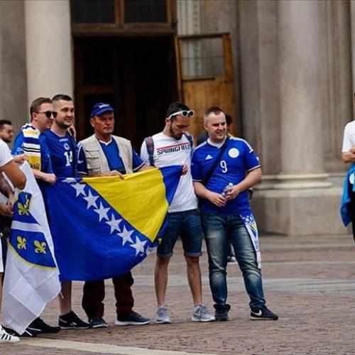 Torino je danas bosanski! Naši navijači raspjevani čekaju večerašnji duel s Italijom (VIDEO)