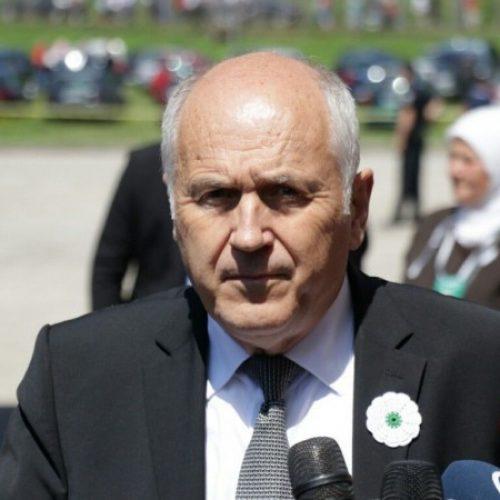 Inzko : Iduće godine Bosna i Hercegovina će dobiti zakon o negiranju genocida