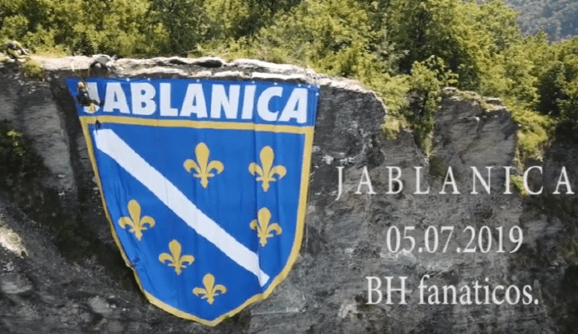 Grb s ljiljanima iznad  Jablanice (VIDEO)