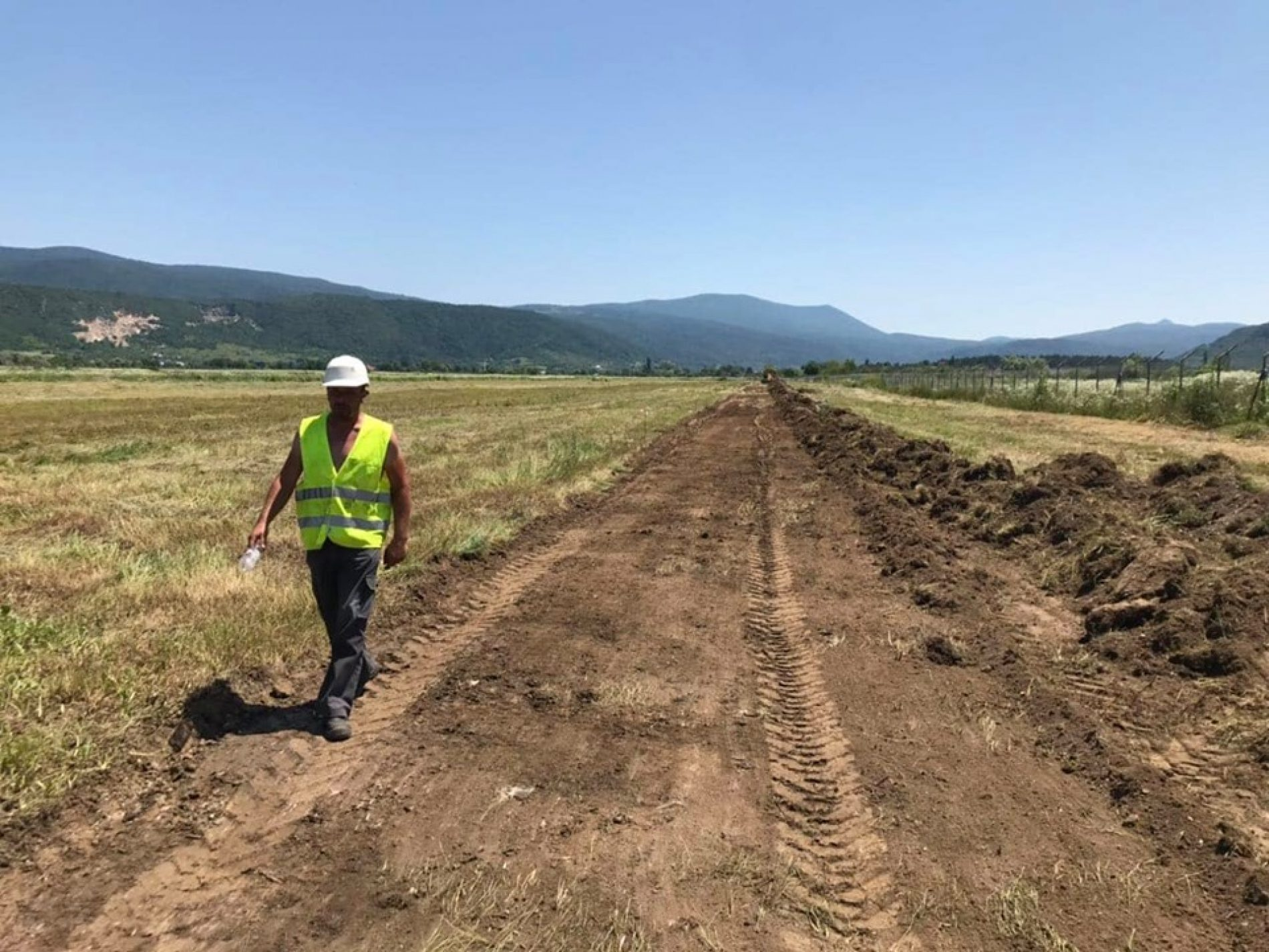 Radovi na izgradnji testne dionice poletno-sletne staze Aerodroma Golubić u Bihaću