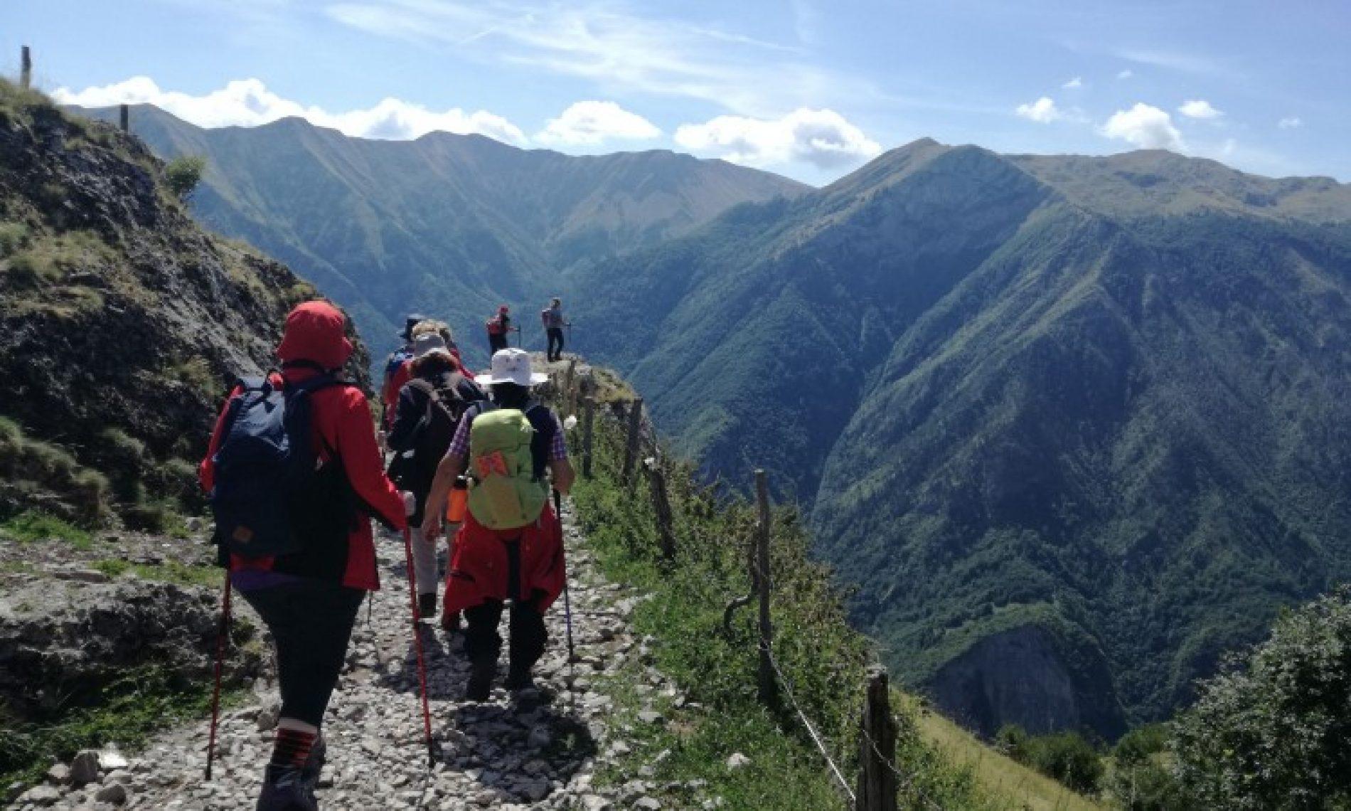 'Prometno' na planinarskoj stazi do Lukomira – Nijemci, Austrijanci, Česi… (FOTO)