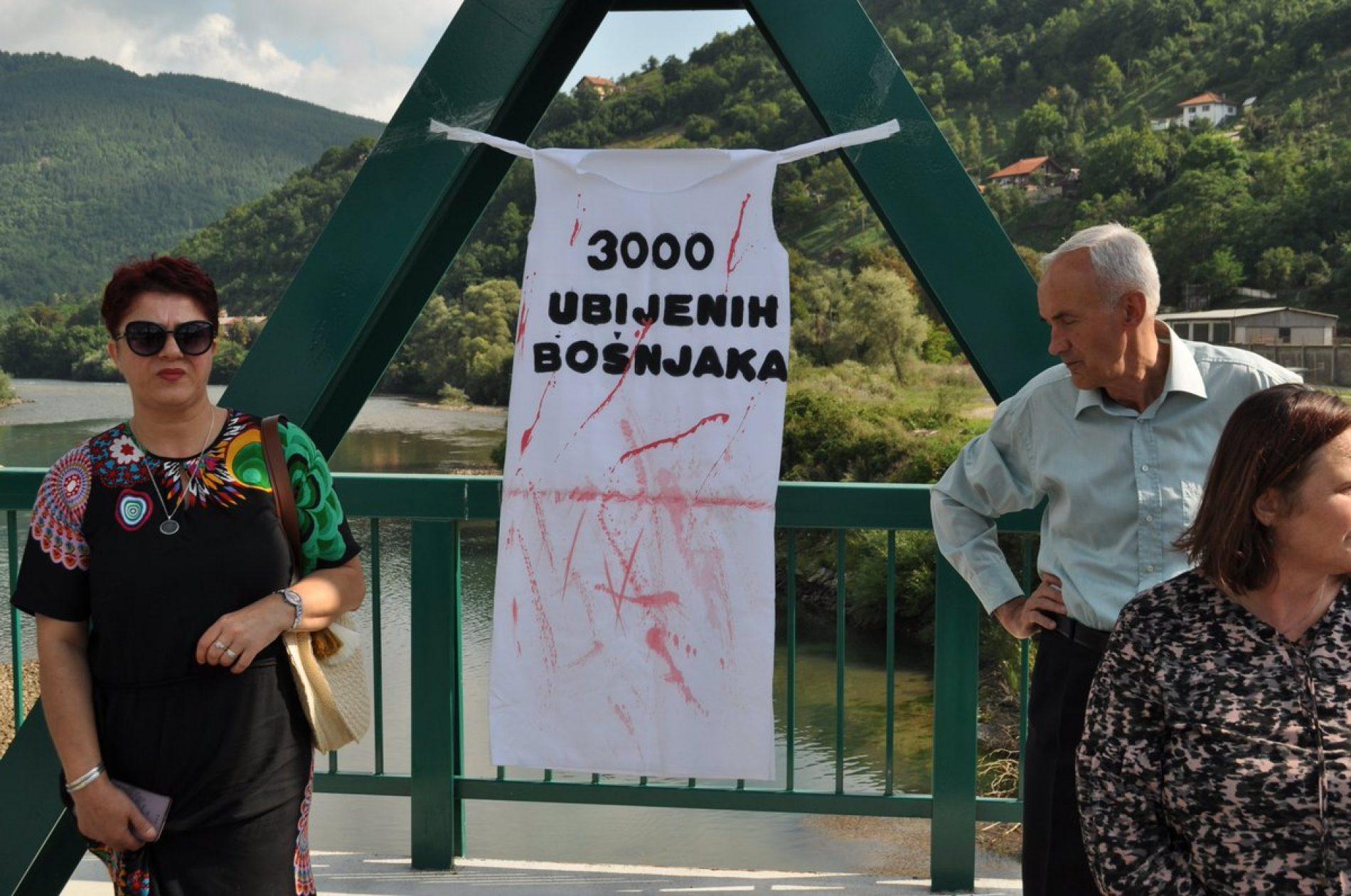 Džaferović prisustvovao  obilježavanju Dana sjećanja na sve fočanske šehide i žrtve, nevino ubijene tokom agresije