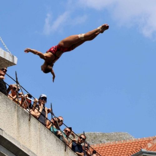 Probnim skokovima otvoren Red Bull Cliff Diving Mostar 2019.