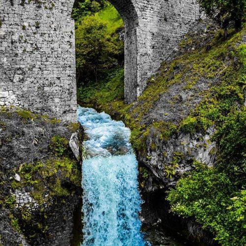Čudesna Plava voda osvježava Travničane i turiste (Video)