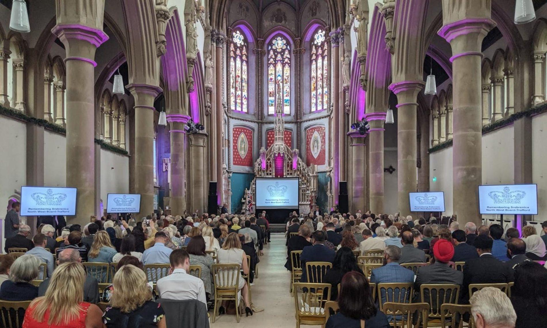 "V. Britanija: ""Remembering Srebrenica"" uručena Kraljičina nagrada u borbi protiv mržnje"