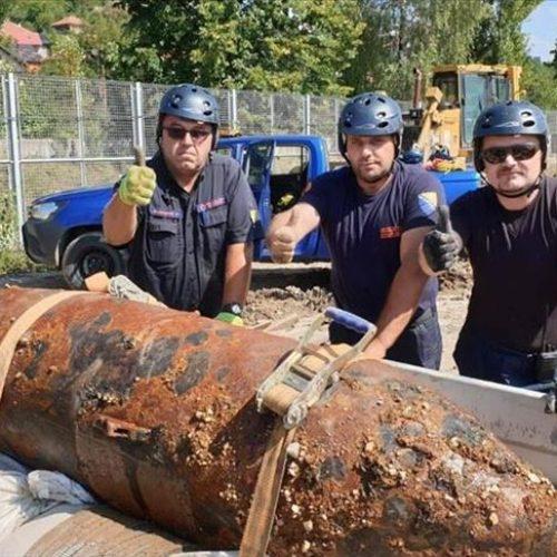 Deaktivirana i treća avio-bomba kod RTV Doma